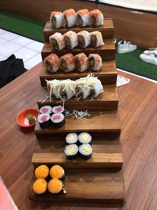 Foto 2 - Makanan di OTW Sushi oleh Tiara Aulia