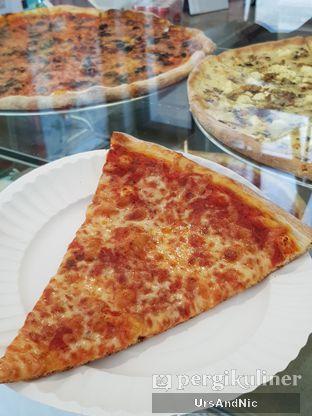 Foto 2 - Makanan di Pizza Place oleh UrsAndNic