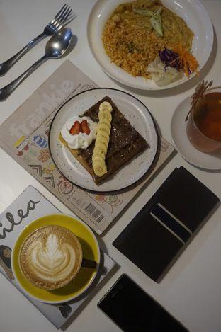 Foto 6 - Makanan di BROWNFOX Waffle & Coffee oleh yudistira ishak abrar
