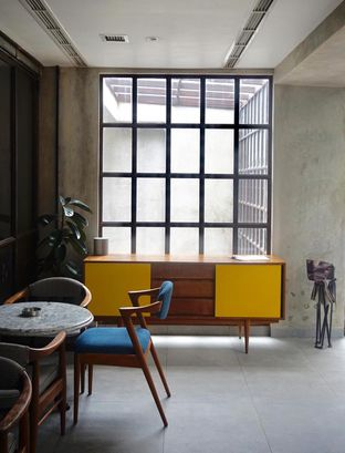 Foto 14 - Interior di Little League Coffee Bar oleh yudistira ishak abrar
