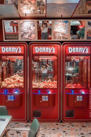 Foto 1 - Interior di Denny's oleh vionna novani