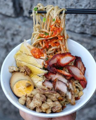 Foto 1 - Makanan di Mie Ayam Abadi oleh om doyanjajan