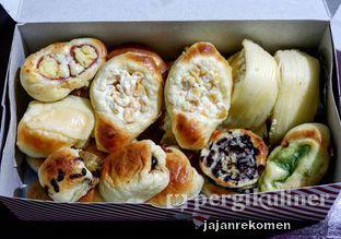 Foto review Roti Unyil Venus oleh Jajan Rekomen 1