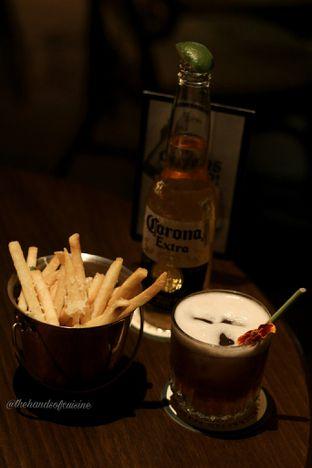 Foto 5 - Makanan di FLYNN Dine & Bar oleh thehandsofcuisine