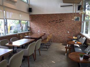 Foto 11 - Interior di Terra Coffee and Patisserie oleh Prido ZH