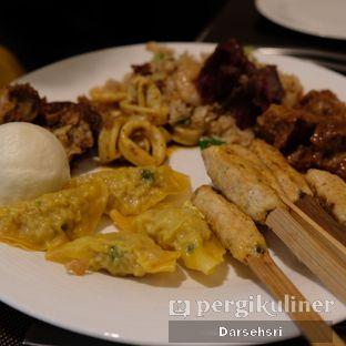 Foto review Satoo Garden Restaurant & Lounge - Hotel Shangri-La oleh Darsehsri Handayani 13