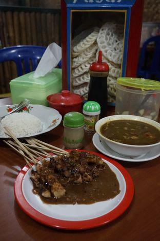 Foto 1 - Makanan di Warung Sate Tongseng Pak Naryo Solo oleh yudistira ishak abrar