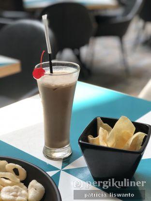 Foto 2 - Makanan(es teh tarik) di Aromanis oleh Patsyy