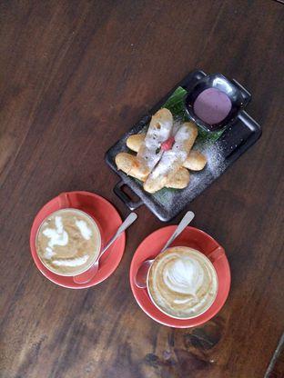 Foto review D'Juntos Coffee n' Kitchen oleh Prido ZH 26