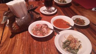 Foto 5 - Makanan di Bebek Bengil oleh Review Dika & Opik (@go2dika)