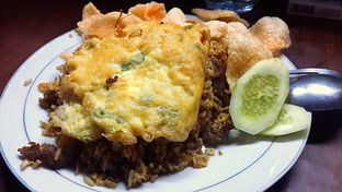 Foto - Makanan di Nasi Goreng Kebuli Apjay Pak Ivan oleh celine