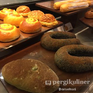 Foto 5 - Makanan di Francis Artisan Bakery oleh Darsehsri Handayani