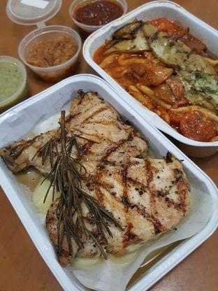 Foto 1 - Makanan di AW Kitchen oleh Stallone Tjia (@Stallonation)