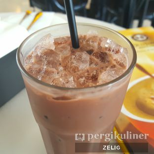 Foto 1 - Makanan(Oldtown Enriched Chocolate (36k++)) di Old Town White Coffee oleh @teddyzelig