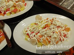 Foto 5 - Makanan di Plumeria Lounge - Hotel Grand Mercure Kemayoran oleh William Wilz