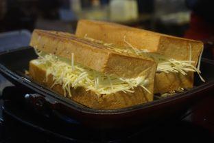 Foto 9 - Makanan di Bolu Bakar Tunggal oleh yudistira ishak abrar