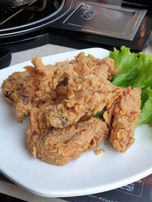Foto 6 - Makanan di Flaming Mr Pig oleh Ken @bigtummy_culinary