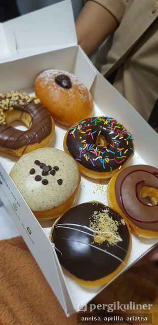 Foto review Krispy Kreme oleh Foody Stalker // @foodystalker 1