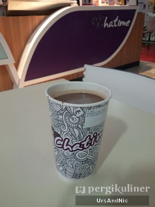 Foto 1 - Makanan(Hazelnut chocolate milk tea) di Chatime oleh UrsAndNic