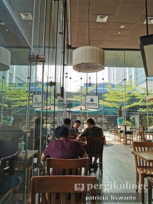 Foto 2 - Interior di Caribou Coffee oleh Patsyy