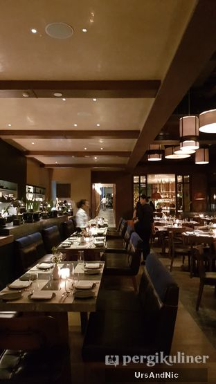 Foto 4 - Interior di Vong Kitchen oleh UrsAndNic