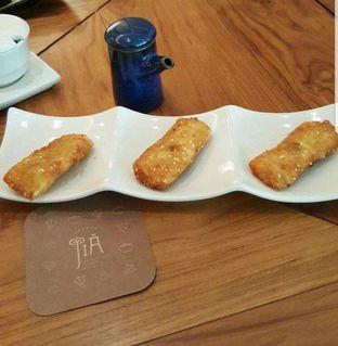 Foto 2 - Makanan di Jia Dining - Hotel Shangri-La oleh heiyika