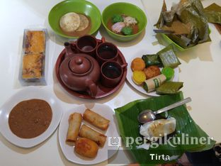 Foto 1 - Makanan di Kue Westhoff oleh Tirta Lie