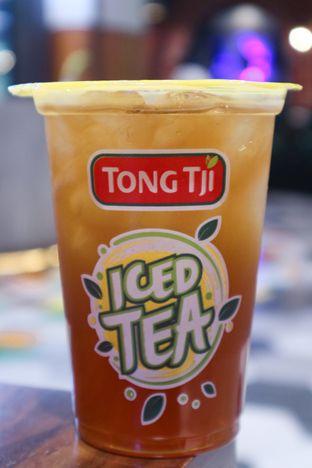 Foto - Makanan di Tong Tji Tea & Snack Bar oleh thehandsofcuisine