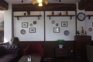 Foto 9 - Interior di Bavarian Haus Bratwurst & Grill oleh yudistira ishak abrar