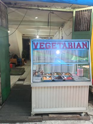 Foto review Vegetarian Restaurant oleh Junior  4