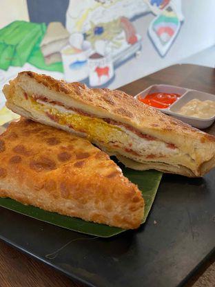 Foto 8 - Makanan di Dapoer Roti Bakar oleh Yohanacandra (@kulinerkapandiet)