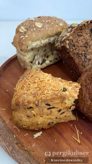 Foto 1 - Makanan di Mom's Artisan Bakery oleh Francine Alexandra
