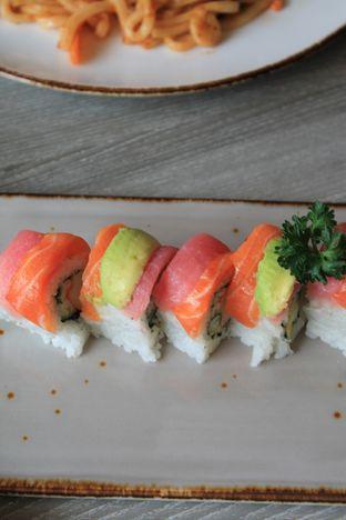 Foto 44 - Makanan di Sushi Itoph oleh Prido ZH