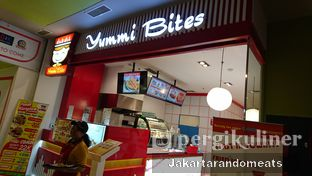 Foto 3 - Eksterior di Yummi Bites oleh Jakartarandomeats