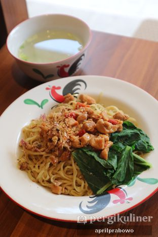 Foto 3 - Makanan di Bakmi Sombong oleh Cubi