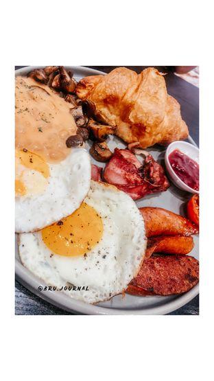 Foto 1 - Makanan di Becca's Bakehouse oleh bru