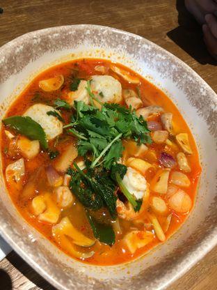 Foto 1 - Makanan di Tomtom oleh RI 347 | Rihana & Ismail