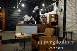 Foto 11 - Interior di Klasik Coffee oleh Darsehsri Handayani