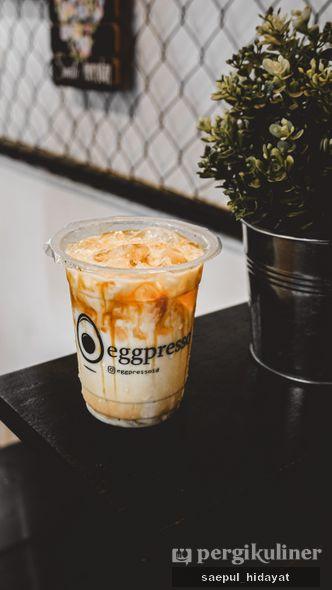Foto Makanan di Eggpresso