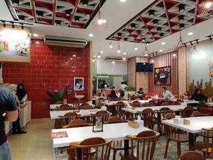 Foto 3 - Interior di Mantra Manado oleh Ken @bigtummy_culinary