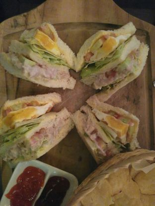 Foto 1 - Makanan(Tuna Sandwich) di Jag's Kitchen oleh Rahmi Febriani