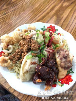 Foto 2 - Makanan di Bakmi Ajong Singkawang oleh Francine Alexandra