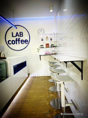 Foto 5 - Interior di Lab Coffee oleh Makan Samacici