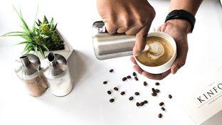 Foto 1 - Makanan(Hot Latte) di Cupola oleh Zaky Bangun