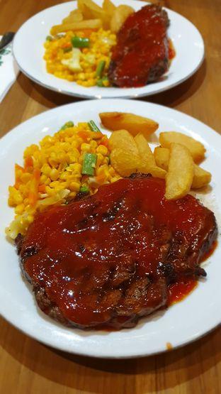 Foto 1 - Makanan di Abuba Steak oleh BiBu Channel