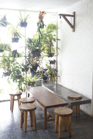 Foto 23 - Interior di SRSLY Coffee oleh yudistira ishak abrar