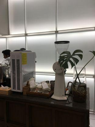 Foto 4 - Interior di Titik Temu Coffee oleh Prido ZH