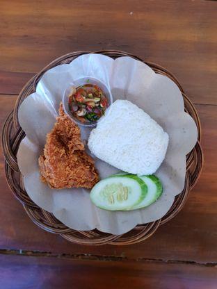 Foto 1 - Makanan(Ash Chick Sambal Matah) di Ayam Asix oleh Adhy Musaad