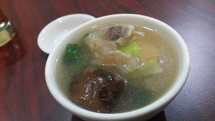 Foto 3 - Makanan(sup urat babi + perut ikan) di Gunung Mas oleh Evelin J