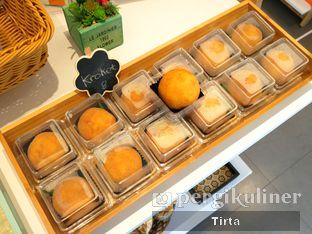Foto 1 - Makanan di Rokue Snack oleh Tirta Lie